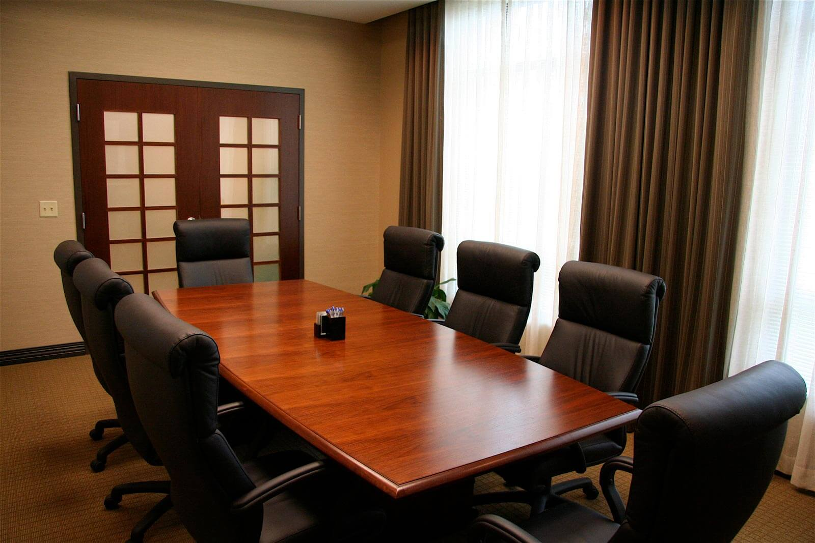 gateway title meeting room table chairs angle